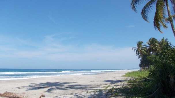 pantai mandiri pesisir barat